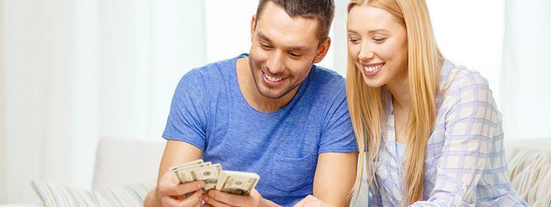 Resultado de imagen para Cómo manejar el dinero en pareja